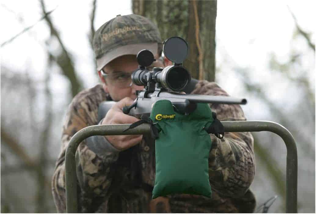 Hunter's Blind Bag - 247261 action 1