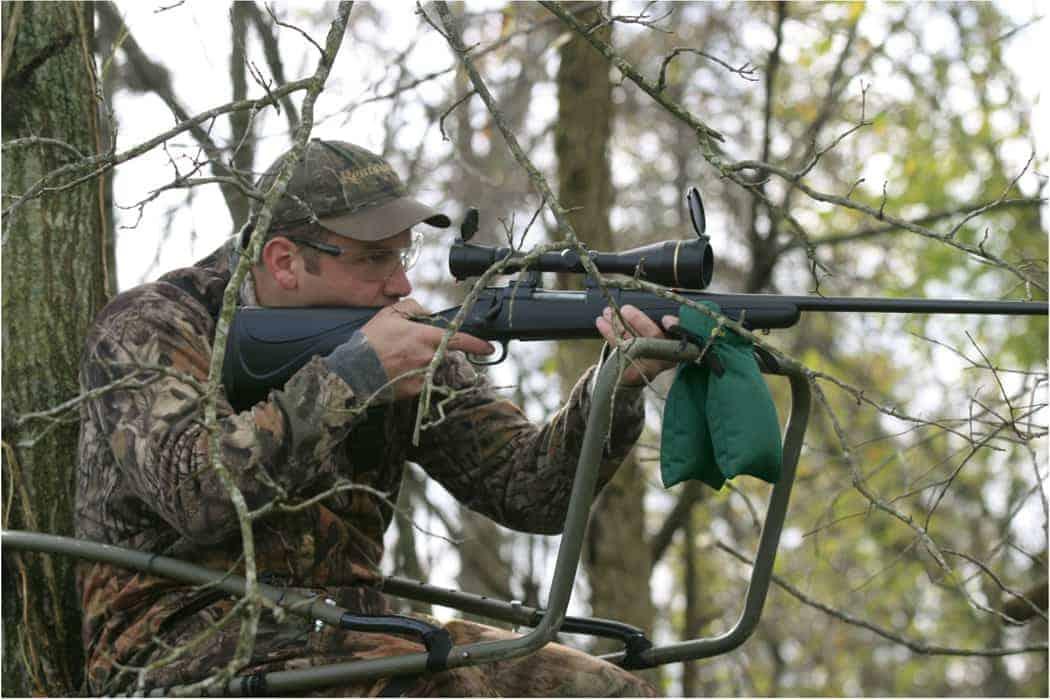 Hunter's Blind Bag - 247261 action 2
