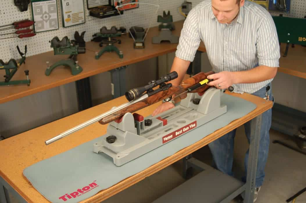 Trigger Pull Scale - 309888 action 1