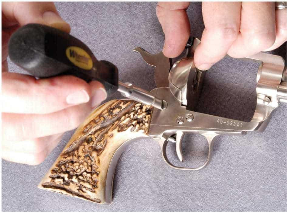 89 Piece Professional Gunsmithing Screwdriver Set - 562194 action 5