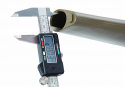 Electronic Caliper - 672060 close measure opening 250x174