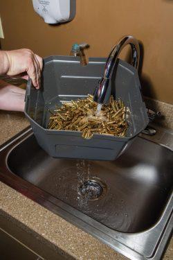 507567-wet-rinse-Sink