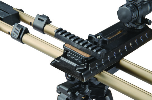 DSFP Optics Adaptor kit - 488333 closeup picrail side