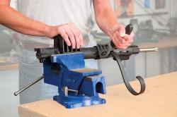 567839-Hand-Guard-Tool-Close